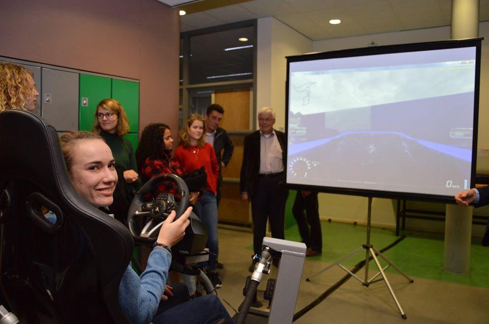 Opening nieuw technieklokaal met Laura Dekker