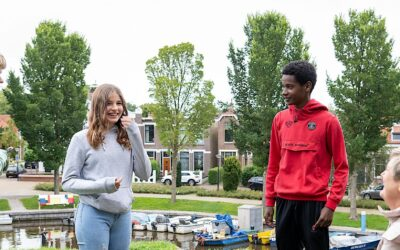 Leerlingen geven nieuwe burgemeester stadsexcursie